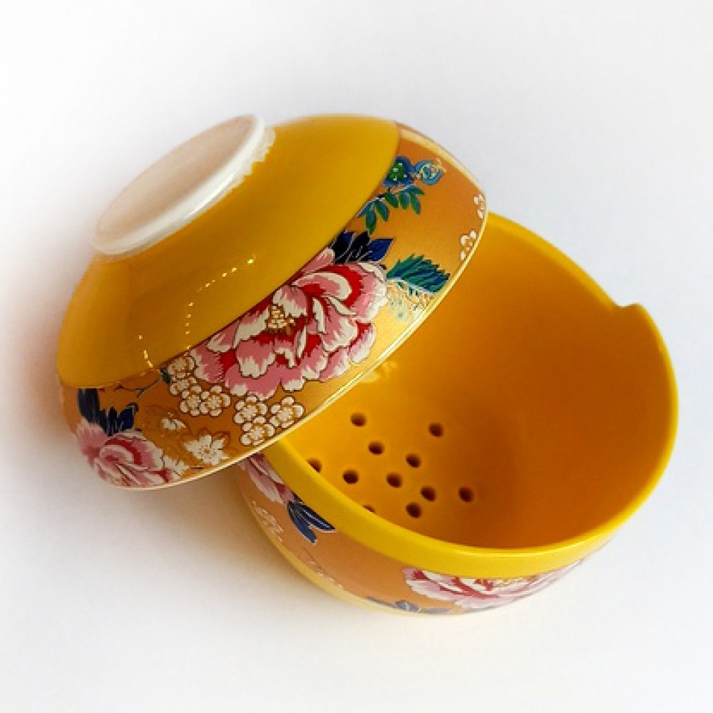 Фарфоровое сито на подставке, цвет желтый